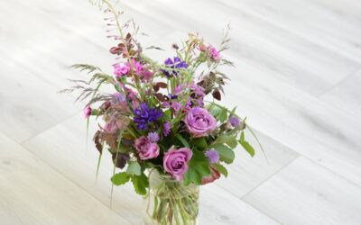 Miten syntyy kesäinen kukkakimppu?