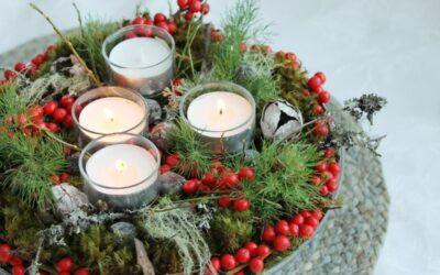 Adventin kynttiläasetelma