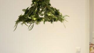 Tuunaa vanhasta lampunvarjostimesta havukruunu