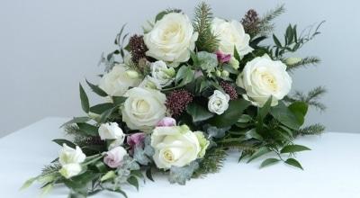Värssyt ja muistolauseet hautajaisiin