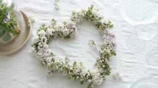 Valmistujaisjuhlien ihanat kukkakoristeet